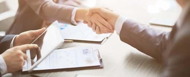 Оформить нотариальную доверенность в налоговую