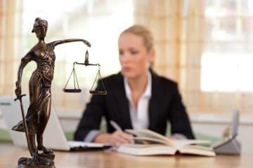 Отказ от наследства: как оформить и стоимость отказа от права наследования у нотариуса