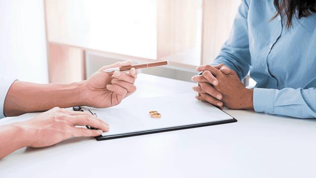 Совместное завещание супругов в браке (супружеское) на совместно нажитое имущество (взаимные завещания, групповое завещание): как составить, образец, отмена завещания